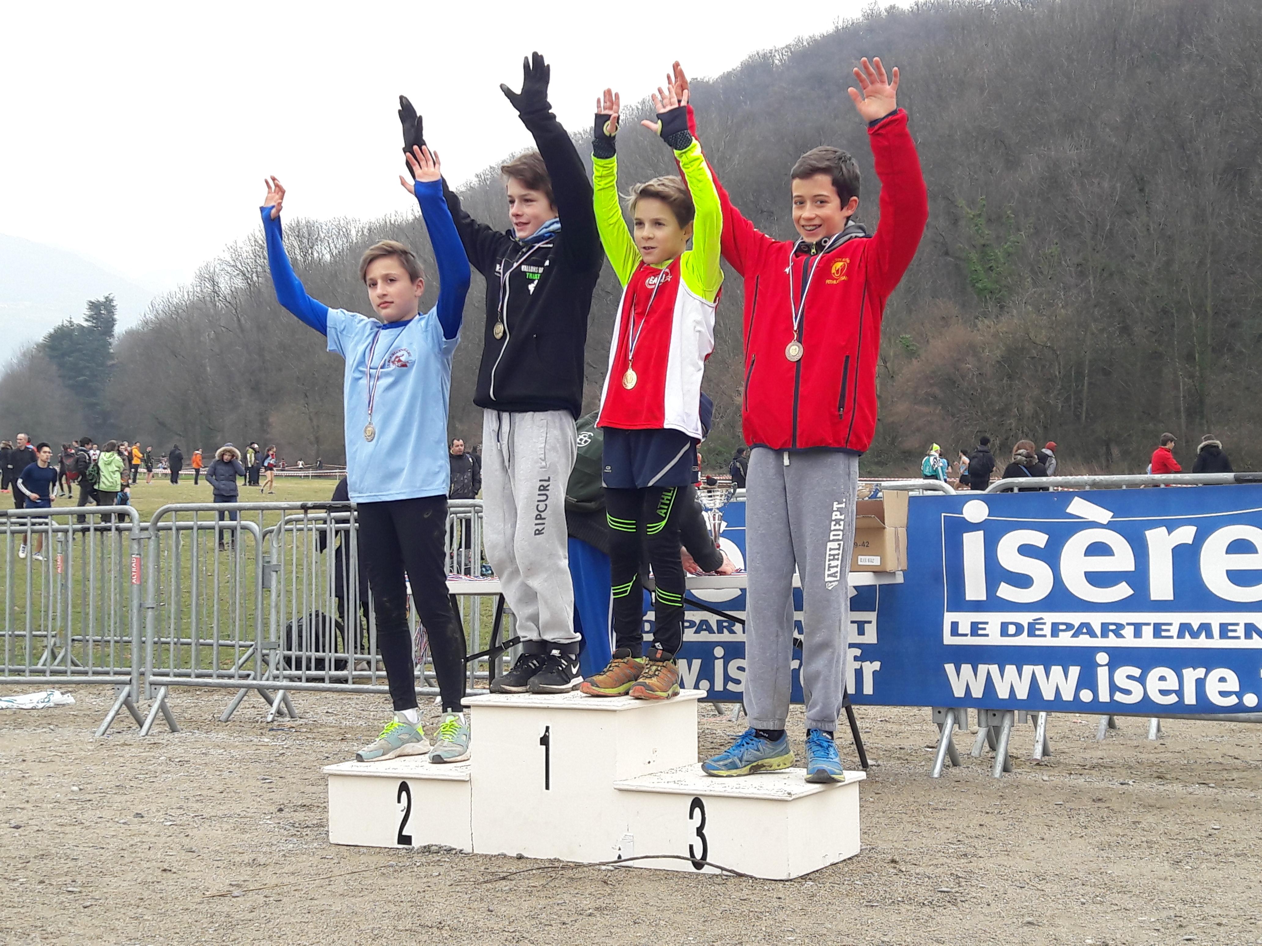 Championnats départementaux de cross 2018 podium benjamins